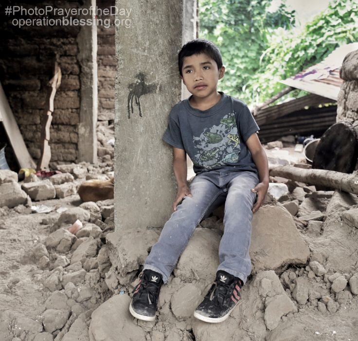 Henry's family lost everything when an 8.1 magnitude earthquake hit Mexico and their homeland of Guatemala last week. His grandfather, Santiago, told Operation Blessing that after the earthquake destroyed their home, they couldn't even leave it for hours because it was late at night and they live near a cliff. Please pray for those who lost loved ones in the earthquake, as well as those, like Henry, who survived but lost everything.   #Guatemala #Earthquake #PhotoPrayerOfTheDay