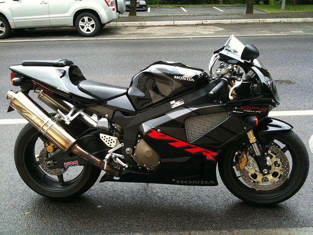 Honda VTR 1000 SP2 by supiido.com, via Flickr