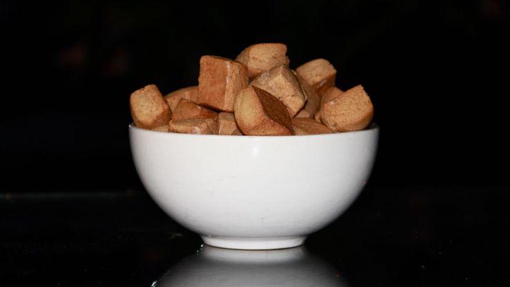 Ken je dat, van die echte lekkere ouderwets zachte pepernoten? Met dit recept ga je ze zelf maken. Een leuk klusje om samen met je kinderen te doen.