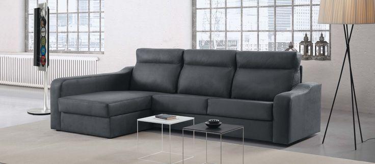Con un sistema italiano de apertura (3 medidas de brazo 10-20-28cm, con opción de incorcoporar 2 pouffs en el de 28) y opción de arcón en chaise longue, este sofa cama moderno da ese estilo sombría y romántico a tu espacio.