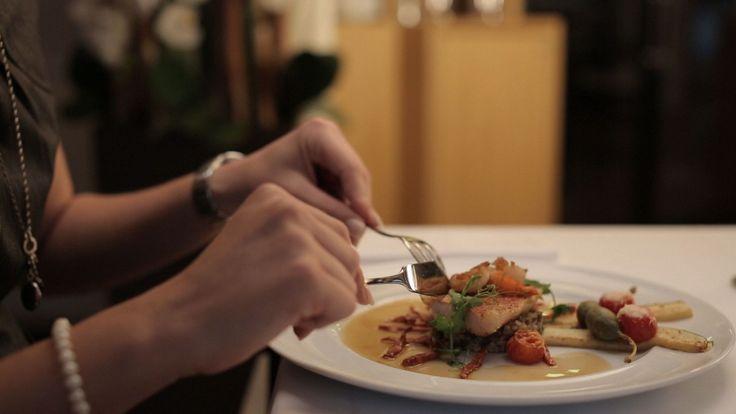 Schlemmen und Genießen in unserem Restaurant GeistReich! Das Team vom Hotel Bielefelder Hof wünscht Allen ein schönes Wochenende!