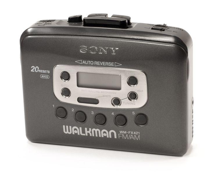 Walkman, todo el dia con los auriculares.