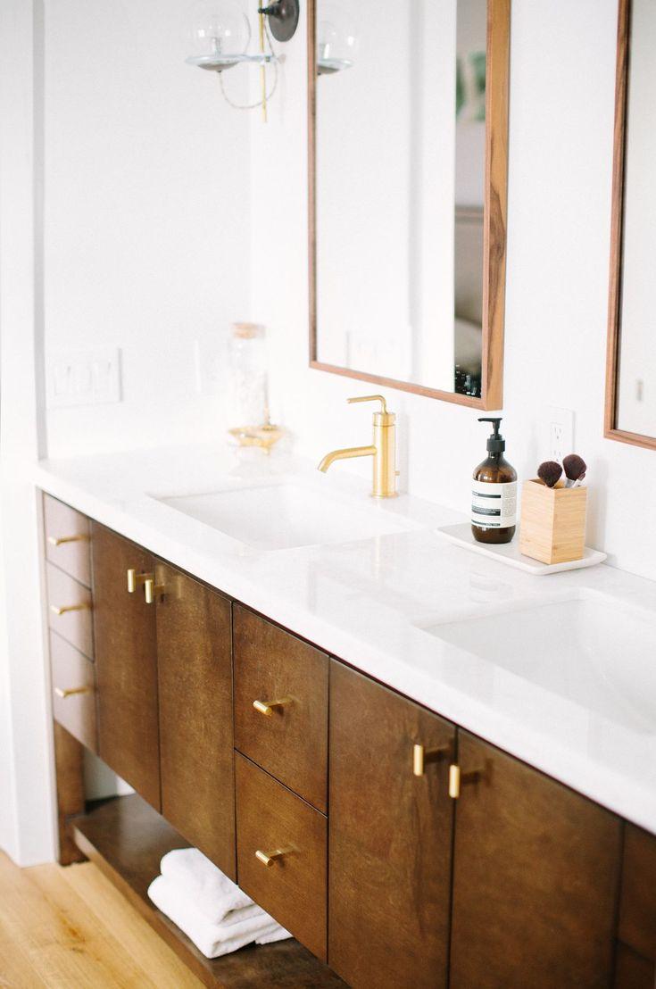 Best 25 mid century bathroom ideas on pinterest mid - Mid century modern double bathroom vanity ...