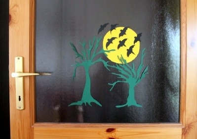 Kreatív ötletek Halloweenra: HALLOWEEN ABLAKKÉP  http://www.hobbycenter.hu/Unnepek/halloween-ablakkep.html