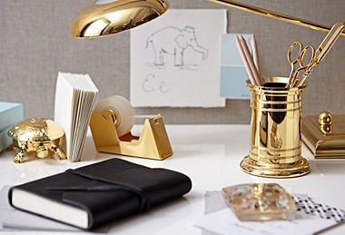 golden delights.Gold Offices, Offices Spaces, Gold Accent, Offices Accessories, Offices Workspaces, Home Offices, Offices Supplies, Gold Desks, Desks Accessories