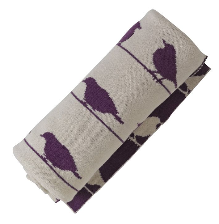Cosy knitted blanket in organic cotton, bird design, by Pigeon.