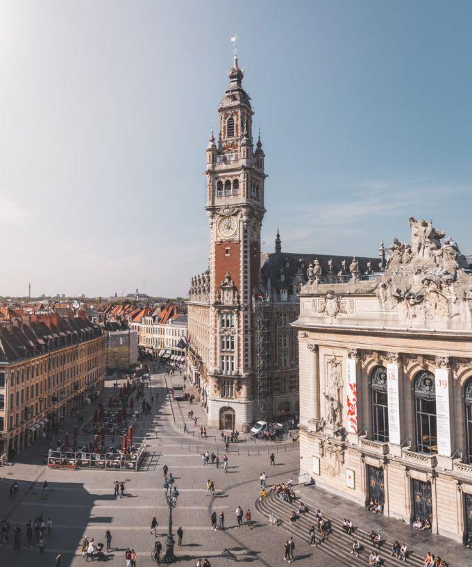La Chambre De Commerce De Lille Et Son Beffroi Majestueux Chambre De Commerce Lille Tourisme Lille Ville