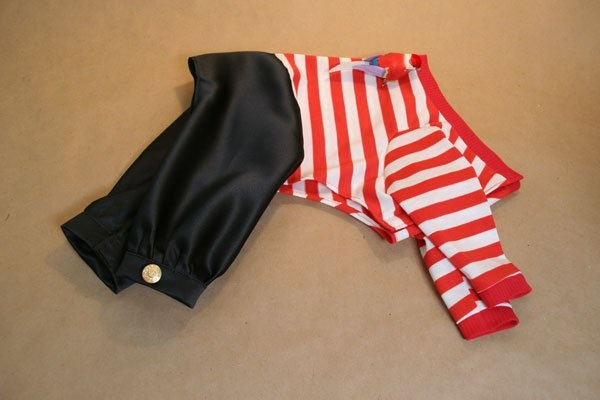 Doggie Pirate Costume pattern, can use this to make pajamas!