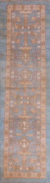 Alfombra William Morris. Alfombra de origen persa que reproduce diseños del diseñador inglés William Morris (1834-1896). Confeccionada en lana y tintes vegetales.