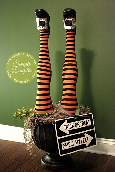 halloween witch legs for outside decorating | Dimplicity - Crafty Blog: Witch Legs Planter - Halloween Decor