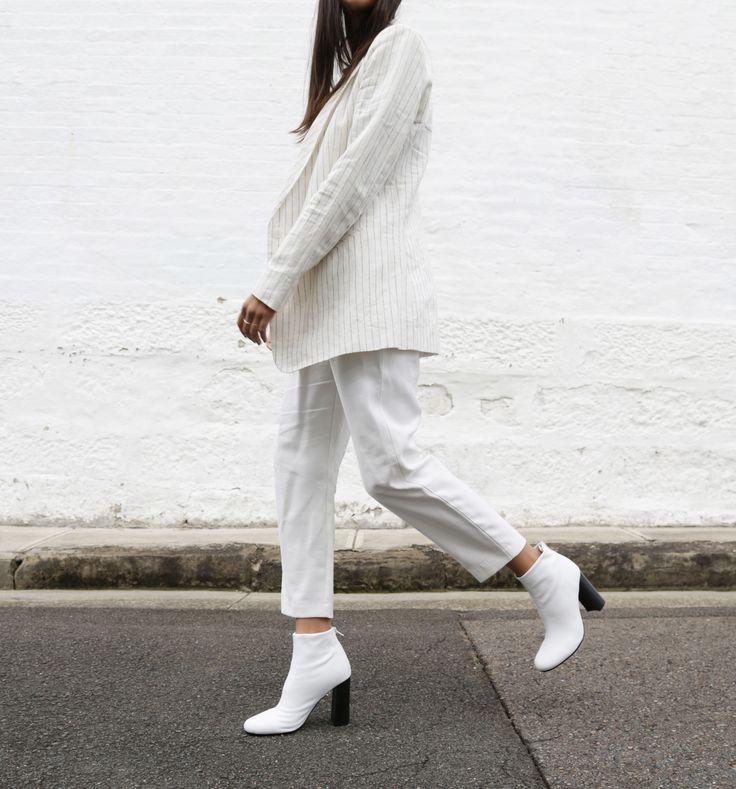 The White Edit: Bella Thomas wears 'Nyx' White Nappa Stretch/Black. #thewhiteedit x #tonybianco