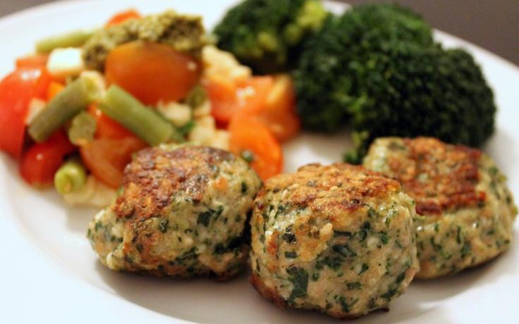 Kyllingedeller med sesam og spinat (LCHF)
