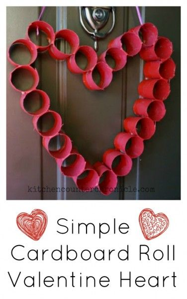 This is such a simple Valentine craft to make with kids. Decorate your front door with a cardboard roll heart. All you need are cardboad rolls (toilet paper rolls, paper towel rolls), tape and red/pink paint. A fun Valentine craft for kids to make. | Valentine's Day Craft for Kids | Toilet Paper Roll Craft |