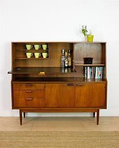 Retro aka Mid-Century Modern (40s, 50s, 60s, 70s) -Teak Sideboard by Austinsuite 60's
