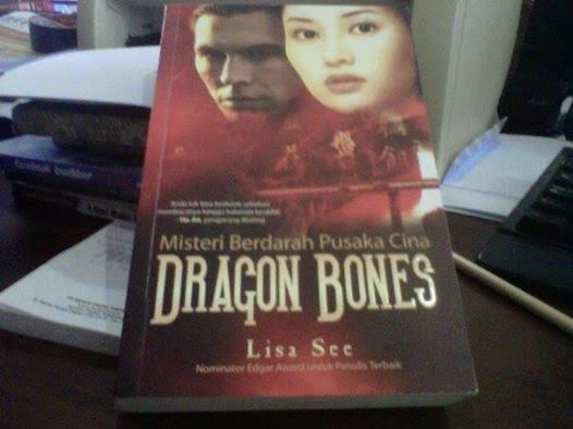 Resensi Buku: Misteri Berdarah Pusaka Cina Dragon Bones