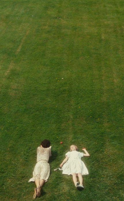 Keira Knightley (Cecilia Tallis) & Saoirse Ronan (Briony Tallis, aged 13) - Atonment (2007) #joewright #ianmcewan