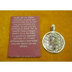 FLOR DE LA VIDA, CON 10 GEMAS DIFERENTES Y FACETADAS.  FLOR DE LA VIDA, Simboliza un árbol que contiene una flor, la cual a su vez contiene una semilla, la cual a su vez contiene un árbol. Así, la semilla tiene la imagen dentro de sí del árbol. La geometría sagrada contiene 19 círculos entrelazados e insertados a su vez dentro de una esfera.