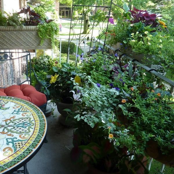 17 best ideas about outdoor seating areas on pinterest for Garden area ideas