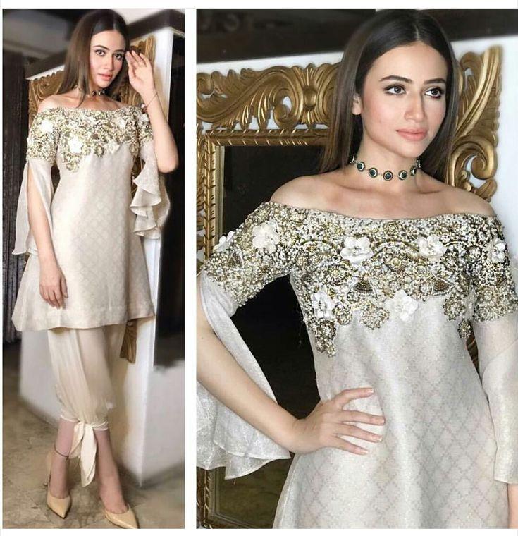 How Amazing Does Actress Sana Javed Look in #AriAndOak and #Mahrukh-Akuly-Jewelry Styled by #AniaFawad #SanaJaved #MehrunisaVLubU #FilmPromotion #PakistaniFashion #PakistaniActresses #PakistaniCelebrities ✨