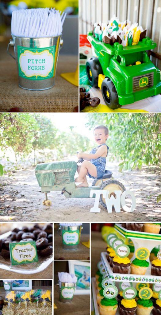 John Deere Tractor themed birthday party with so many cute farm party ideas! Via Kara's Party Ideas #Kids #Party