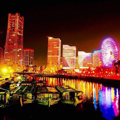 Instagram【makochi460807】さんの写真をピンしています。 《横浜の黄金色に輝く桜木町✨ メッチャ綺麗に撮れた📸奇跡の一枚です✨よかったら遊びに来てね〜🤗 . . 連絡先 LINE  makochi080723 . @gxs1645i  #横浜#激辛#ラーメン#夜景#人気#恋人#旅行#オススメ#仕事#かんたん#食べ過ぎた#らんち#おしゃん#おいしい#あ#jj#j#L#w#初#デッサン#スタイル#美#モデル#ペット#pet#夜景》