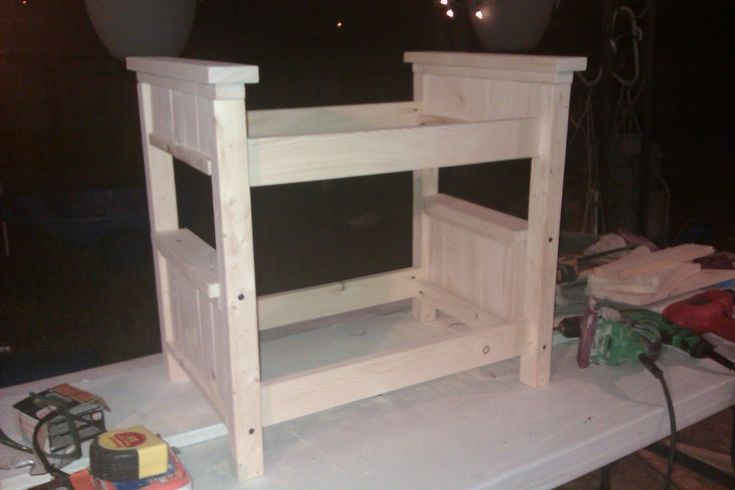 E wants a doll bunkbed - Momma With Tools: Farmhouse Doll Bunk Bed -