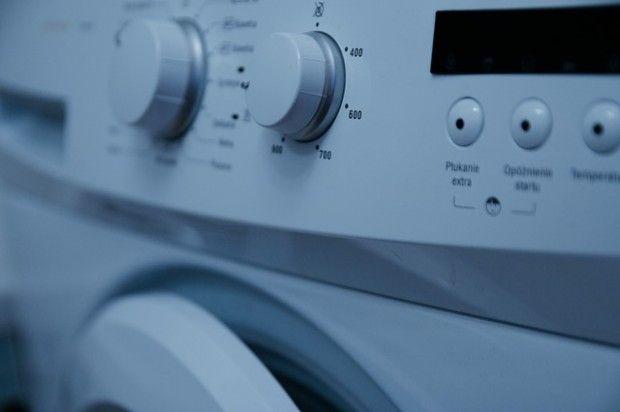 Waschmaschinen im Test: Sauber ja, aber nicht unbedingt keimfrei  Sauber waschen die meisten Waschmaschinen im Test. Doch manche Keime überleben. Denn die Sparprogramme erreichten bei allen 13 Maschinen im Test nicht die eingestellten Waschtemperaturen  http://www.cleankids.de/2014/10/27/waschmaschinen-im-test-sauber-ja-aber-nicht-unbedingt-keimfrei/50456/