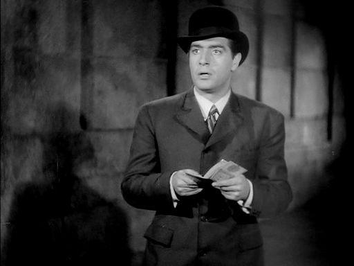 """Basilio Beltrán (Antonio Casal) é o angustiado protagonista de """"La torre de los siete jorobados"""" (Edgar Neville, 1944). O cinema español non foi todo caspa nin moito menos."""