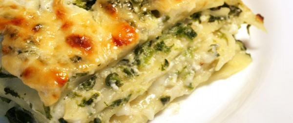 Pesto Vegetarian Lasagna - Mmmm ... This was good but pretty skimpy.  I would double it or just make it with spiral noodles instead.