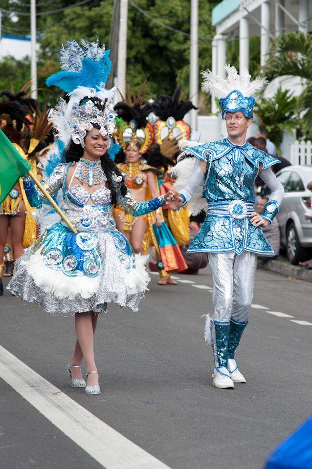 ✨Carnaval Guadeloupe 2011✨ Avec le groupe Brésilien.Costume Réaliser par David Pruvost------> FACEBOOK: https://www.facebook.com/david.pruvost.14?fref=ts