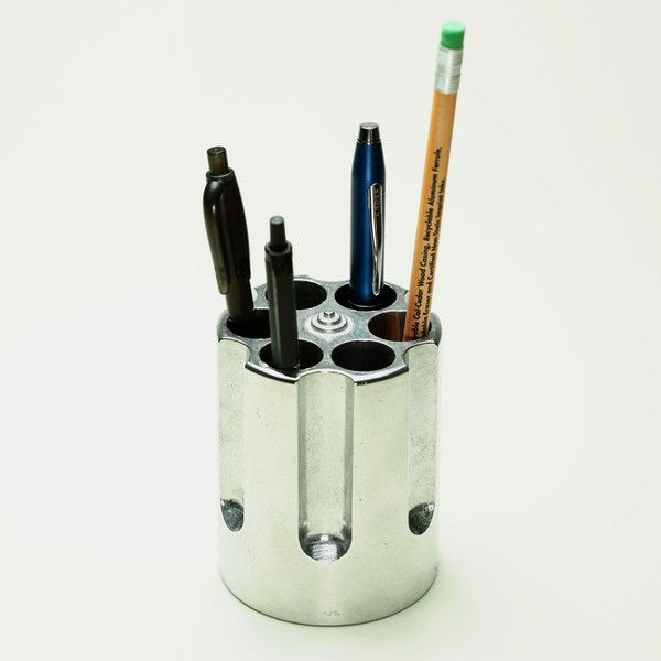 Best 25 pen holders ideas on pinterest pen holder diy Cool pencil holder ideas