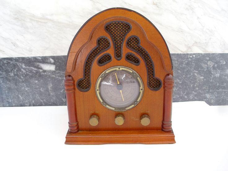 Είδη διακόσμησης από ξύλο διακοσμητικά αντίκες ραδιόφωνο http://amalfiaccessories.gr/home-decor/