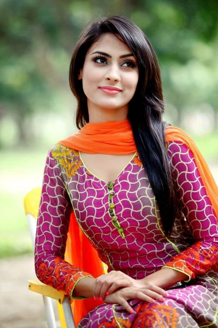 Pin on Bangladeshi Sexy, Hot, Bold, Model, Actress Desi Girls