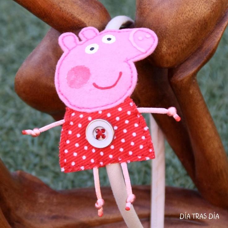 DÍA TRAS DÍA: PEPPA PIG Y GEORGE SE NOS SUBEN A LA CABEZA