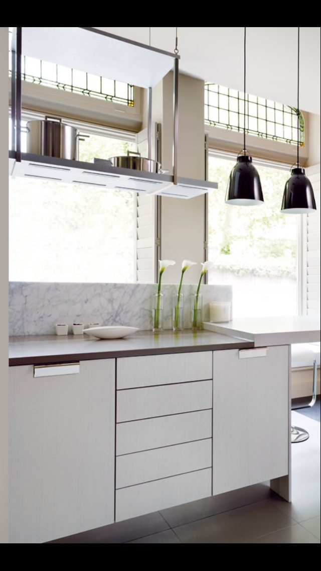 Smallbone Kelly Hoppen Kitchen Kellys Pinterest Shelves H