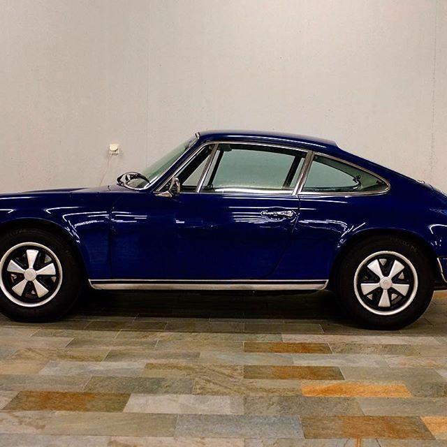 911 E #peregocars #porsche #classic #911 #fuchs #sportscar #photooftheday #picoftheday