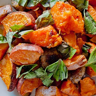Made this sweet potato and sausage breakfast hash, and it was like pure crack.