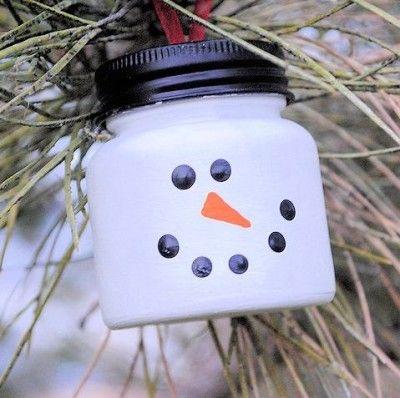 Schneemann aus Babybreigläser
