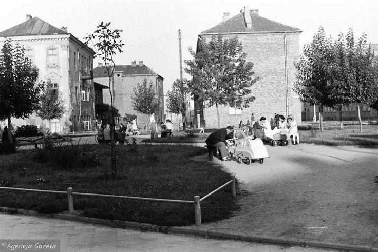 Zdjęcie numer 2 w galerii - Jak kiedyś wyglądał Białystok? Nowa porcja unikalnych zdjęć Antoniego Zdrodowskiego