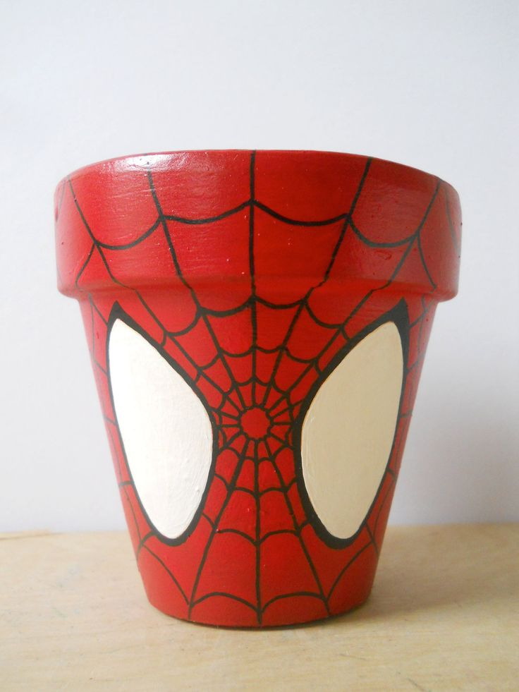 sandylandya@outlook.es Spiderman Marvel Superhero Comic Book painted flower pot Spider Man