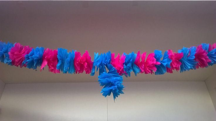Garland with crepe paper