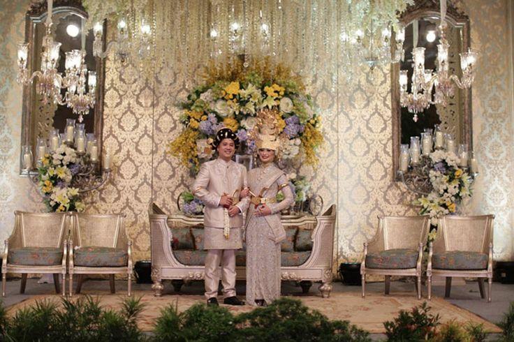 Tiga Tradisi Dalam Satu Pernikahan Di Hotel Shangri-La Jakarta - 4227 copy
