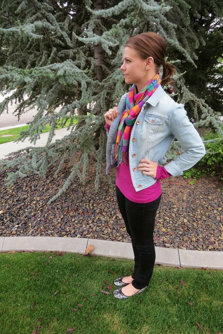 Love the bright colors and snakeskin flats: Jean Jackets, Light Jeans, Bright Colors, Plaid Scarf
