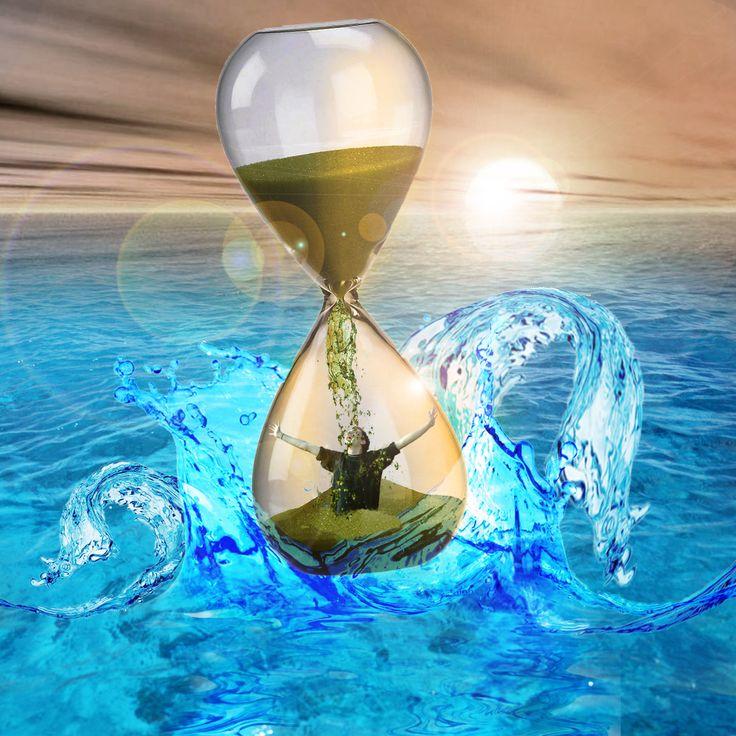 Sand-Clock-on-sea-Manipulation