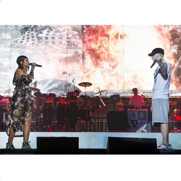 """Pin for Later: Holla, Lolla! The Most Stylish Lollapalooza Moments From Instagram  If seeing headliner Eminem wasn't enough, he brought out a surprise guest: his """"Monster Tour"""" partner, Rihanna. Source: Instagram user eminem"""