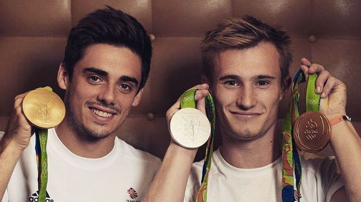 jack laugher - BIG NEWS! I'm receiving an MBE for services to diving with @mearschris93 receiving one too! So proud of everything we've done this year. What a way to finish it off!