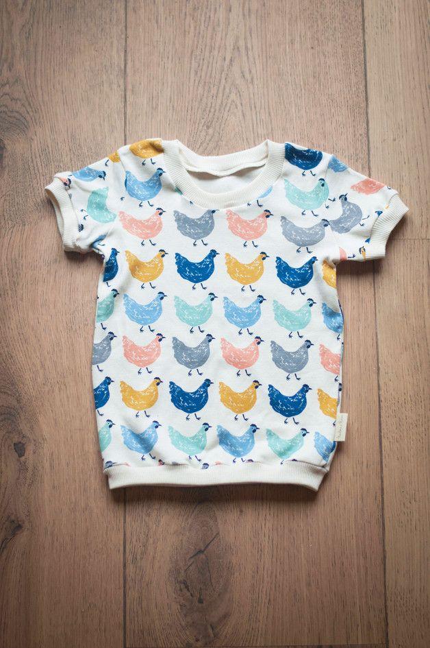 T-shirts – Hens / T-shirt – a unique product by NADOMA-A-NAVEN on DaWanda