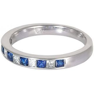 Check out today our online store for sapphire rings in Dubai. See the features and specification of the ring set in 18K white gold at Evagems jewelry shop.