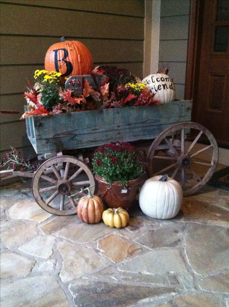 Enjoyed decorating my Dad's old goat wagon for fall