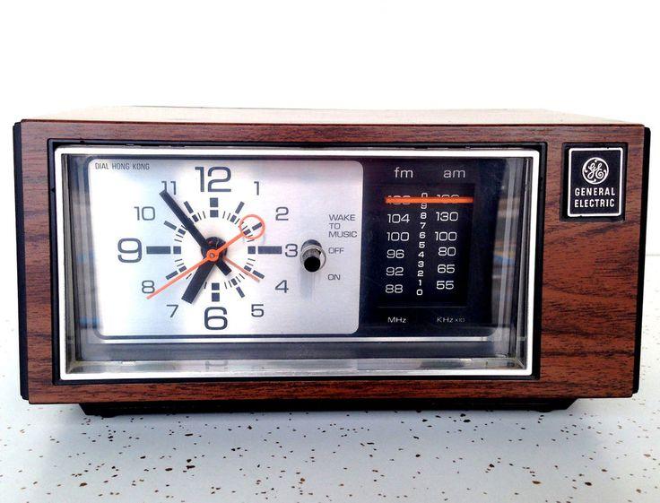 Vintage General Electric GE Clock Alarm Radio FM/AM #Vintage #Midcentury #GE #Retro #Clock #Radio
